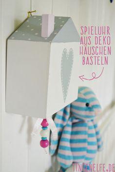 Vogelhaus als Spieluhr. Geschenk zur Geburt. Mit Tutorial.- Blog Tintenelfe.de