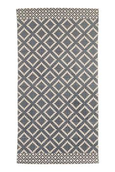 Patterned cotton rug - Natural white/Dark blue - Home All Diy Carpet, Modern Carpet, Rugs On Carpet, Classic Curtains, Childrens Rugs, Star Blanket, Crochet Carpet, Trellis Rug, H&m Home