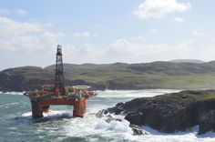 Amazing video shows oil rig blown ashore during storm in Western Isles - Daily Record Scottish News, Daily Record, Oil Rig, Life Goes On, Oil And Gas, Rigs, Westerns, Scotland, Industrial