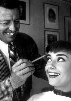 Audrey Hepburn with Wally Westmore as he prepares her for her first publicity shoot at Paramount Audrey Hepburn Photos, Audrey Hepburn Style, My Fair Lady, Looks Black, British Actresses, True Beauty, Timeless Beauty, Cinema, Vintage Hollywood