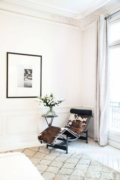 A Beni Ourain carpet in Paris  {COLLECTED PARISIAN Vintage Luxury | Erika Brechtel | Brand Stylist}