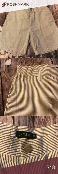 ☀️J.crew stripped shorts Size 32 striped men's shorts good condition.     FYI 📌📌📌📌📌 Things to keep in mind when shopping my closet  ✔️  all item come from a smoke free pet free clean home ✔️ all items shipped same day or next day unless its Friday orders will go out Monday  ✔️ open to offers I do not use the private offer system  ✔️ discounts on bundles  ✔️posh ambassador J. Crew Shorts