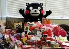 「全部食べていいかモン?」  全国から300個を超えるバレンタインのチョコをいただきました! 皆さんのあたたかいメッセージに感動しました。 みなさんありがとございます!