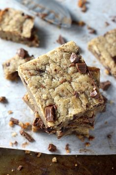 Only One-Bowl Needed to make these Soft and Chewy Coconut Oil Chocolate Chunk Cookie Bars!