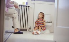 8 Potty Training Tips for a Child with Sensory Processing Disorder (SPD) - North Shore Pediatric Therapy Toddler Chart, Potty Training Girls, Kids Potty, Bed Wetting, Bobe, Toilet Training, Children With Autism, Young Children, My Guy