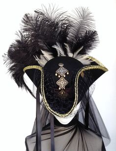 Hey, I found this really awesome Etsy listing at https://www.etsy.com/listing/185552938/black-gold-tricorn-riding-hat-the-lady