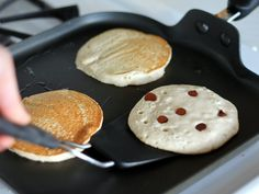Oatmeal Chocolate Chip Banana Pancakes {Vegan & Gluten-Free} & only 220 calories!