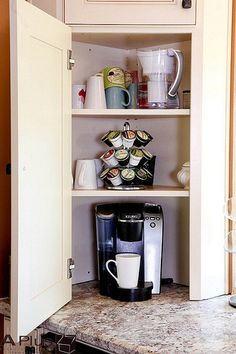 Coffee Bar Ideas, Coffee And Tea Bar, Mini Coffee Bar, Small Kitchen . Kitchen Decor, Kitchen Inspirations, New Kitchen, Remodel, Home Remodeling, Kitchen, Home, Kitchen Remodel, Kitchen Storage