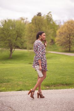 Green Pastures | Live Love and Read | how to wear floral