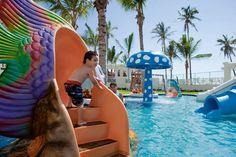 """Hoteles para ir con niños: una selección 2015 de las cadenas españolas más """"child friendly""""  Recientemente actualizada, esta es una selección delicatessen de las cadenas que ofrecen los mejores hoteles para ir con niños, aquellos más orientadas al público familiar y que"""