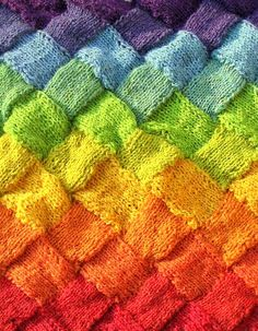 Knitting  ♥ #rainbow #yarn #knitting