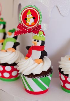 Penguin Christmas Printable Cupcake Toppers and Wrappers - DIY. $6,50, via Etsy.