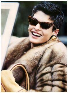 Vogue US – Camel's back – Linda Evangelista – Sep 1989 Photo Peter Lindbergh Linda Evangelista, Tatjana Patitz, Christy Turlington, Claudia Schiffer, Cindy Crawford, Madrid, Stephanie Seymour, Quoi Porter, Fabulous Furs