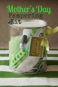 Mother's Day gift idea pampering kit, party, favors, hostess, baby shower, bridal, spa, birthday theme could work with this DIY gift- Life of a Craft Crazed Mom: feature Thursday SWEET HAUTE Share Link Party