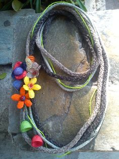 handmade cocoons jewelry. Necklace No19 Felted Jewelry, Felted Flowers, Magical Jewelry, Felting, Bangles, Jewelry Making, Jewellery, Silk, Crafts