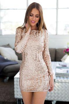 worth-copying-christmas-dresses-17