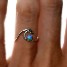 ROXY GIRL GOLD OR SILVER WAVE RINGS. TURQUOISE STONE WAVE RING BY BELLA BEACH JEWELS. TROPICAL WAVES. SURFING RING. SURF JEWELRY. BEACH JEWELRY.