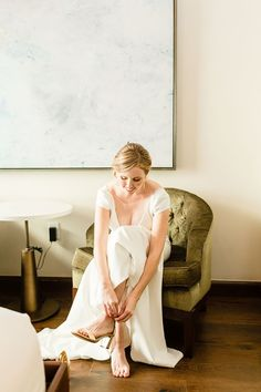 Bride putting shoes on at Hotel Figueroa Wedding Photos | Colorful Los Angeles Wedding Photos | California wedding photos all the way from Palm Springs to San Francisco. Get all the inspo for your Downtown Los Angeles wedding on my boards ✨ #losangelesweddingphotos #hotelfigueroa #hotelfigueroawedding Source: Cheers Babe Photo | Los Angeles California Wedding Venues, Best Wedding Venues, Candid Wedding Photos, Wish Dresses, Spring Wedding, Wedding Colors, Bridal Dresses, Wedding Inspiration, Wedding Photography