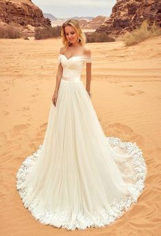 Sexy Off Shoulder Sleeves Tulle Wedding Dress