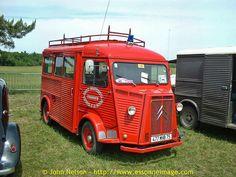 La Locomotion en Fete 2001 - Citroen HY TUB camionette Sapeur Pompiers de Charente