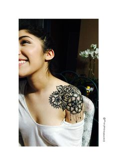 Hm yes I did this •tattoo •temporary •shoulder •shoulder tattoo •femininetattoo •female •cute •pretty •floral •flower