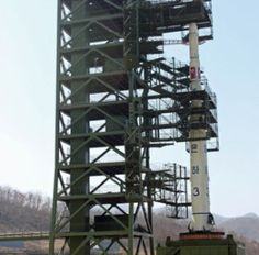 NORTH KOREA NOW CITED AS NUCLEAR THREAT TO U.S. Successful 3-stage rocket launch gives rogue nation option to attack  Read more at http://mobile.wnd.com/2013/02/north-korea-now-cited-as-nuclear-threat-to-u-s/#kv3s9SX26qxZ5ElF.99