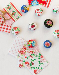 Molly Mell: DIY Cute Needle Minders