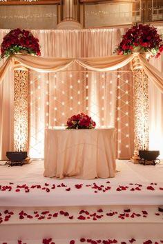 23 Red Rose Wedding Ideas – Perfect For Valentine's Day | Weddingomania