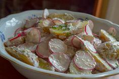 Salade de pommes de terre nouvelles et radis sauce au raifort Shrimp, Meat, Food, Horseradish Sauce, Apples, Vegetarian Recipes, Essen, Meals, Yemek