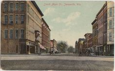 c1910 JANESVILLE Wisconsin WI Postcard SOUTH MAIN STREET Stores