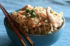 Slow Cooker Chicken Lo Mein - Delightful!  www.GetCrocked.com