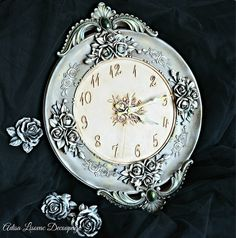 vintage antique shabby chic home decor wall watch by Adisa Lisovac decoupagede Shabby Chic Homes, Shabby Chic Decor, Clock Painting, Wall Watch, Clock Decor, Wall Clocks, Iron Orchid Designs, Rusty Metal, Anime Style