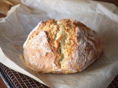 Recept Soda Bread, no kneed, no yeast Easy Bread Recipes, Pastry Recipes, Cooking Bread, Bread Baking, Irish Bread, Good Food, Yummy Food, Vegan Bread, Bread And Pastries