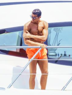 Cristiano Ronaldo in Saint-Tropez, France   31-05-2015