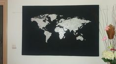 DIY World Map. Home decor, black canvas with glitter. Design the world map in your canvas then add the craft glue on the design and cover it with silver glitter. Glue Crafts, Do It Yourself Home, Black Canvas, Silver Glitter, Fixer Upper, Diy Home Decor, Moose Art, Map, Random