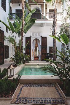 Inspiration deco outdoor : une mini piscine pour une terrasse. #dccv #ducotedechezvous #pool