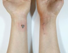 13+ Minimalist Tattoos By A Korean Artist