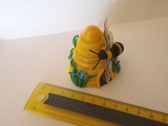 Polymer Clay - Making A Bee Hive Part 2 of 2 / The Hive - YouTube