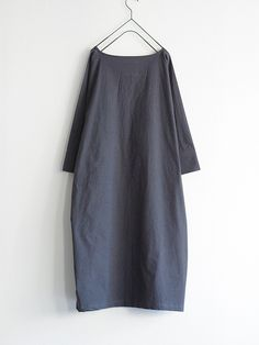 antiquités - azumadaki dress : cotton typewriter cloth + dolman - charcoal…