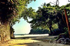 Entrada canto da praia