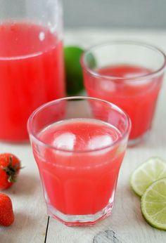 Do Weight Loss Smoothies Work? Juice Smoothie, Smoothie Drinks, Fruit Smoothies, Smoothie Recipes, Fruit Drinks, Healthy Drinks, Iced Tea Lemonade, Vers Fruit, Homemade Lemonade