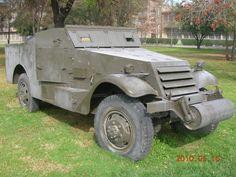 M-3 Scout Chile, Antique Cars, Monster Trucks, Vehicles, Armed Forces, Antique Photos, Military, Vintage Cars, Car