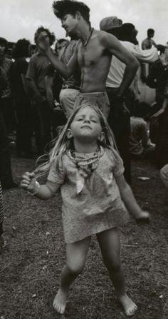 Les filles de Woodstock en 1969  2Tout2Rien