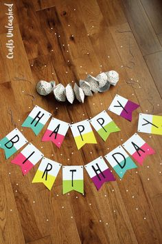 Free Printable Banner: Happy Birthday Pennants – Consumer Crafts Looking for some fun, easy and free birthday party decor? We've got a free printable banner for you, perfect for any birthday party! Happy Birthday Banner Printable, Birthday Banner Template, Birthday Flags, Happy Birthday Bunting, Happy Birthday Signs, Free Printable Banner, Free Birthday, Rainbow Birthday, Birthday Parties