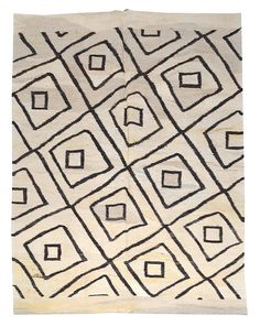 "5'6"" x 7'3"" Flat weave rug; natural with diamond on diamond pattern $1090. #DH839"