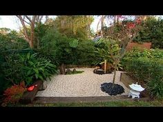 YOu can make your own Zen Garden in a corner of your backyard... so nice & easy!
