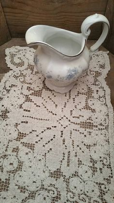 Vintage Hand Crochet Doilies creme color by TreasurehunterCoShop on Etsy