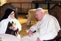 Pope John Paul 2 with Sister Lucia Fatima Seer Catholic Religion, Catholic Quotes, Catholic Saints, Fatima Portugal, Papa Juan Pablo Ii, Pope John Paul Ii, Paul 2, Lady Of Fatima, Papa Francisco