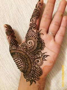 50 Most beautiful Male Mehndi Design (Male Henna Design) that you can apply on your Beautiful Hands and Body in daily life. Modern Henna Designs, Latest Arabic Mehndi Designs, Henna Art Designs, Mehndi Designs For Girls, Mehndi Designs For Beginners, Mehndi Designs 2018, Stylish Mehndi Designs, Dulhan Mehndi Designs, Mehndi Designs For Fingers