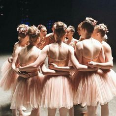 throwback to SAB workshop💕🌸🎀missing all of my beautiful friends. Dance Photos, Dance Pictures, Ballet Girls, Ballet Dancers, Ballet Costumes, Dance Costumes, Cheerleading, Ballet Performances, Ballerina Dancing